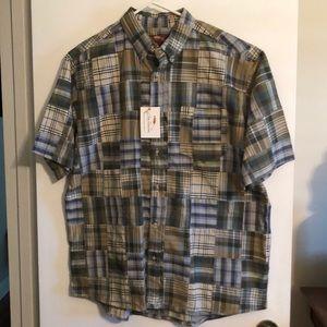 Men's Bob Timberlake buttoned down shirt.